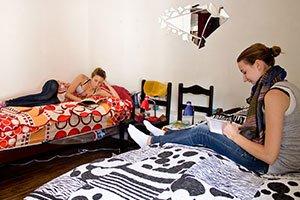 Freiwilligen-Schlafzimmer im Volunteer-Haus.