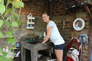 An das Leben vor Ort musste sich Lea erstmal gewöhnen. Auch die Badezimmer sind in Nicaragua anders als zu Hause...