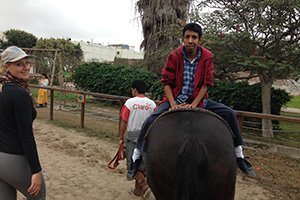 Freiwilligenarbeit Peru - Therapeutisches Reiten