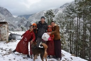 nepal-himalaya-volunteer-monastery-monks