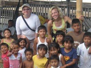 ecuador-volunteer-new-horizons-kinder