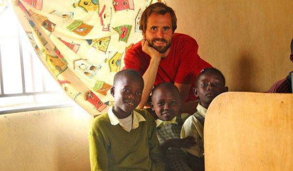 Freiwilligenarbeit in Kenia in einer Schule