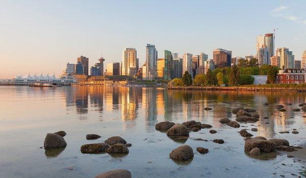 Pulsierende Metropole zwischen Bergen und Meer: Vancouver.